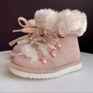 Baby Gap Pink Baby Boots with Faux Fur